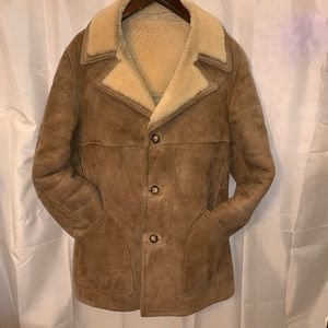 MEN'S size 44 natural sueded leather SHEARLING